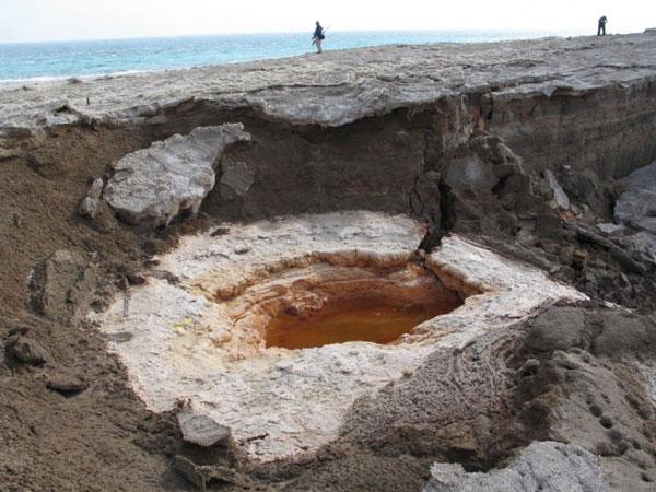 لظاهرة مُخيفة في البحر الميت 507cd859368fc071bd1671358670641b