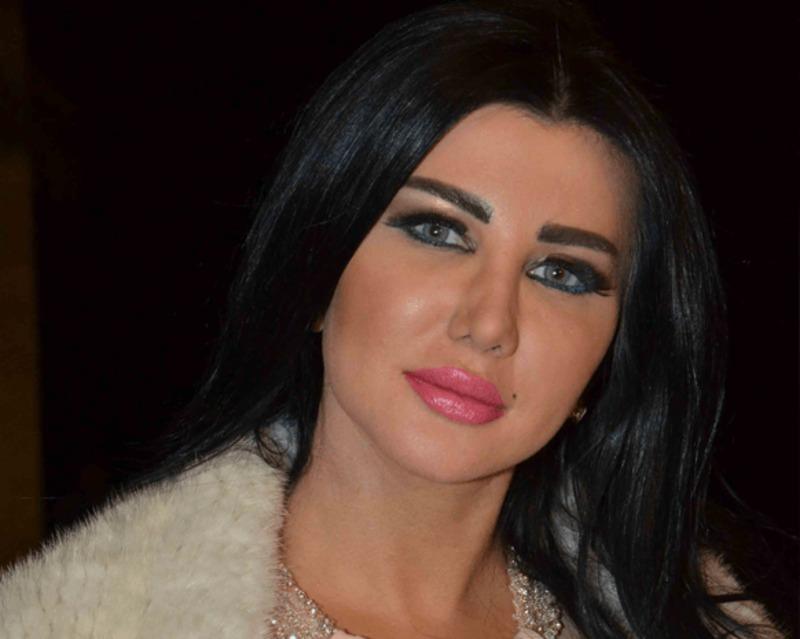 جيني اسبر قبل عمليات التجميل شاهدوا كيف كانت صور صادمة
