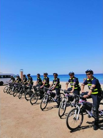 نتيجة بحث الصور عن أول دورية أمنية على الدراجات الهوائية بالعقبة