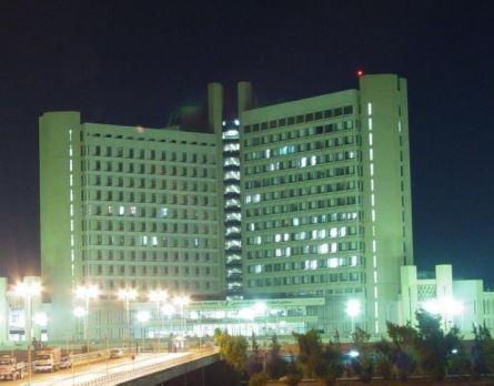 عملية نوعية لورم عظمي بمستشفى الملك المؤسس