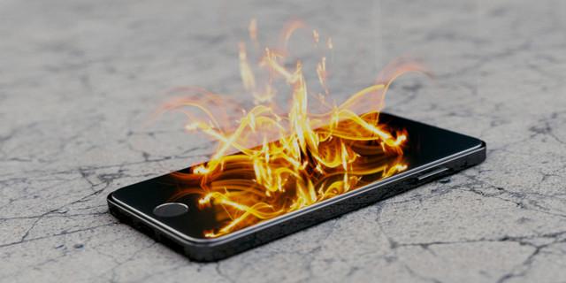 تحذير: هاتفك قد ينفجر بأي لحظة - تعرف على السبب