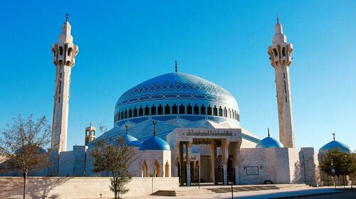 الأوقاف توضح حول شمول المساجد بقرار الحظر
