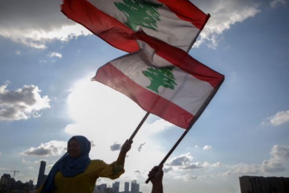 الحريري يحذر من حرب أهلية في لبنان