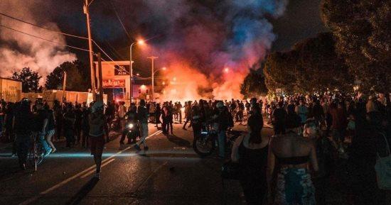 تعزيزات أمنية في فلاديلفيا بعد مظاهرات دامية