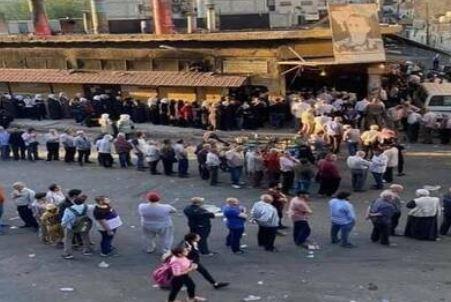 أسعار الخبز تقفز إلى الضعف في بلد عربي