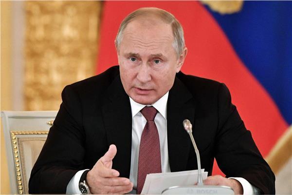 بوتين: تطعيم المواطنين بلقاح كورونا نهاية العام
