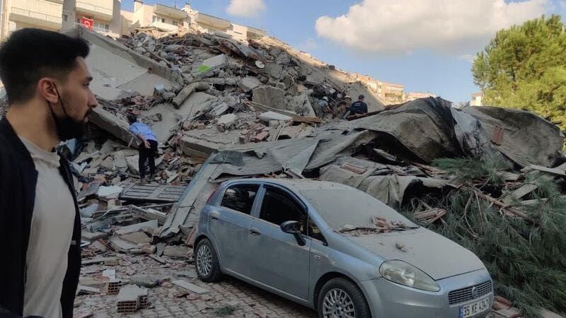 ارتفاع حصيلة ضحايا زلزال إزمير في تركيا