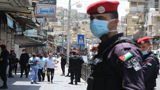 أردنيون يتحدثون عن أسباب التفشي المجتمعي لكورونا