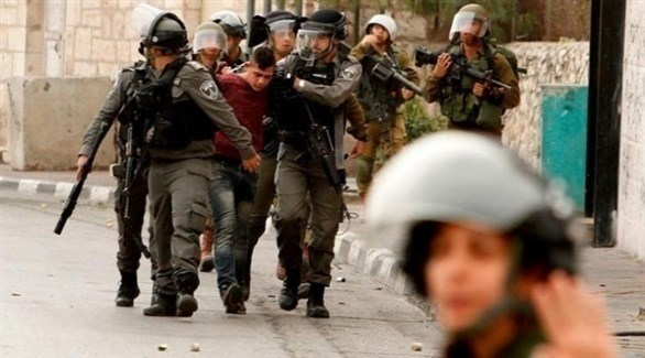 الاحتلال يعتقل 11 فلسطينيًا في الضفة