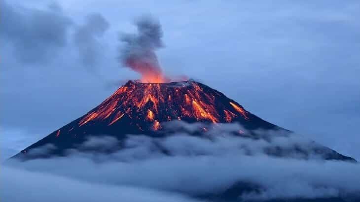 البركان المركّب