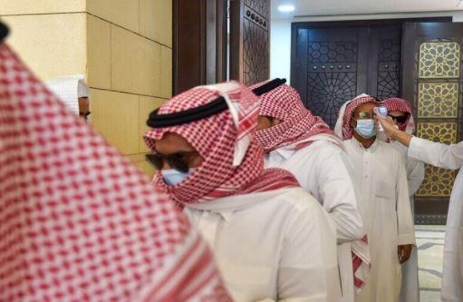 الصحة السعودية تصدر تحذيرا مهما حول لقاح كورونا