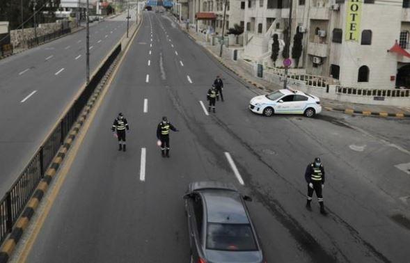 ضبط 158 مخالفاً للحظر الشامل في عمّان