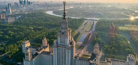 روسيا تطرد دبلوماسيين أوروبيين لمشاركتهم بمظاهرات