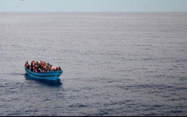 إنقاذ 100 مهاجر غير شرعي في تونس