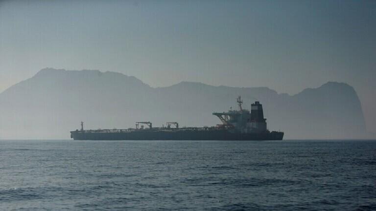 ثلاثة أساطيل نفطية إيرانية تكسر الحصار الأمريكي على فنزويلا