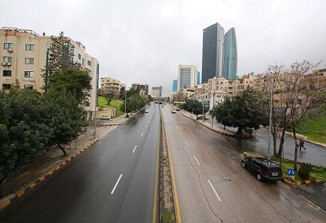 الحكومة تصرح بشأن إعادة فرض حظر الجمعة