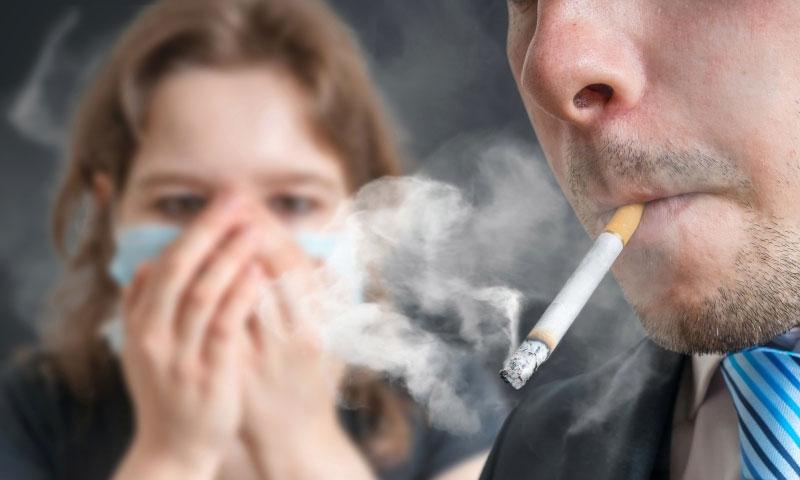 خُمس نساء أوروبا يدخنّ التبغ
