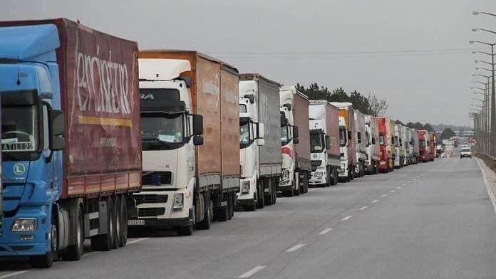 82 شاحنة مساعدات أممية لإدلب السورية
