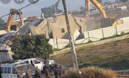 الاحتلال يهدم منزلين في قلنسوة