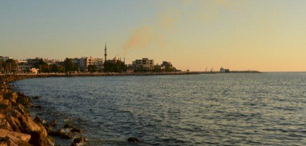 استهداف ناقلة نفط إيرانية قبالة السواحل السورية