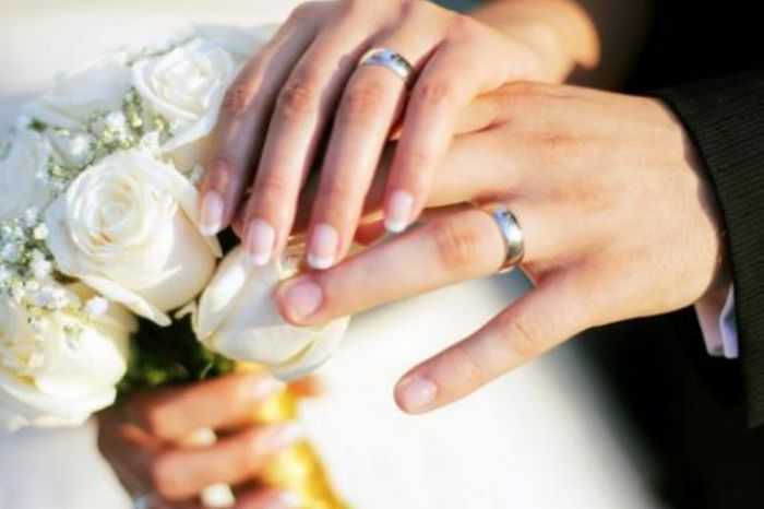 بعد وفاة زوجها تزوجت أخيه الاعمى.. وفى ليلة الدخلة كانت الكارثة