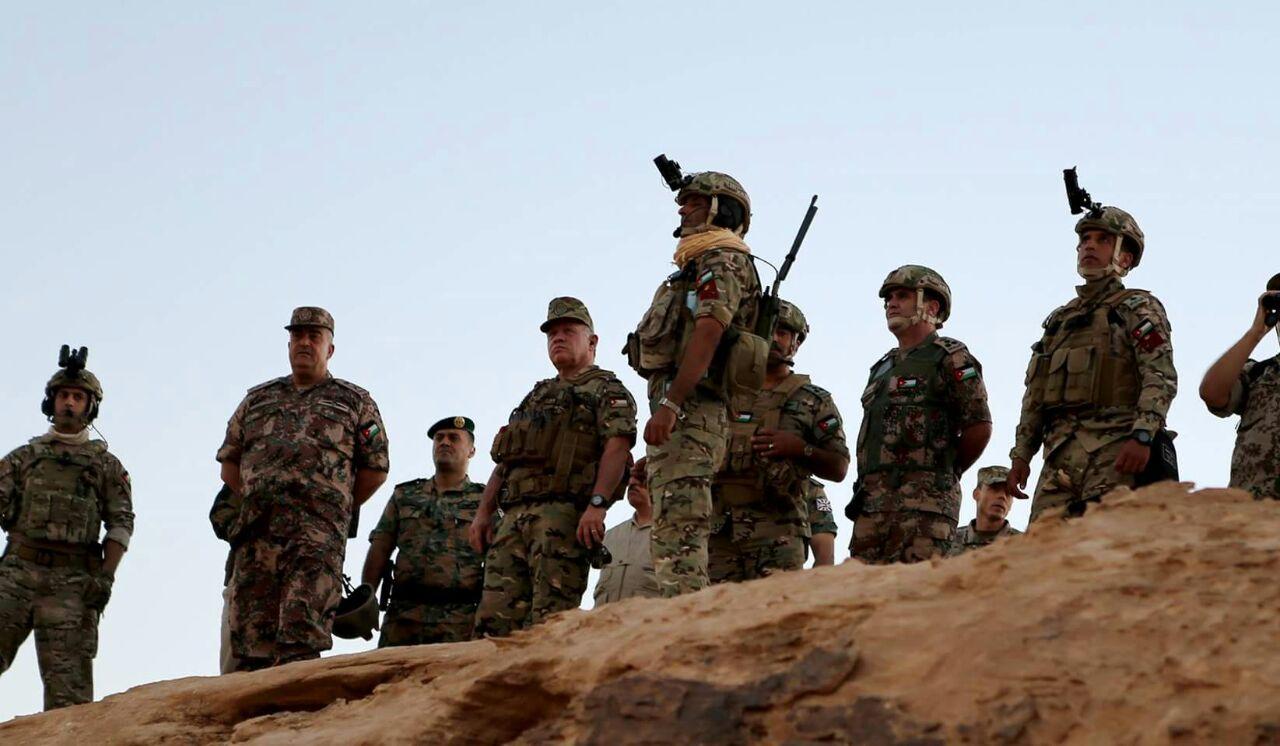 نتيجة بحث الصور عن الملك يتابع تمريناً عسكرياً ليلياً في كتيبة المغاوير